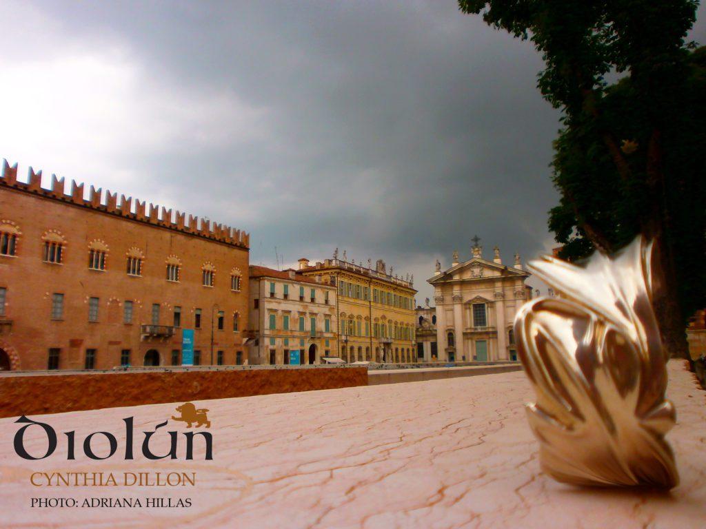 """""""Leaves"""" Bracelet in Mantova, Italy"""